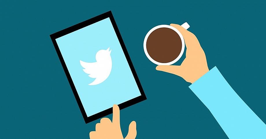 Tablet mit Twitter App
