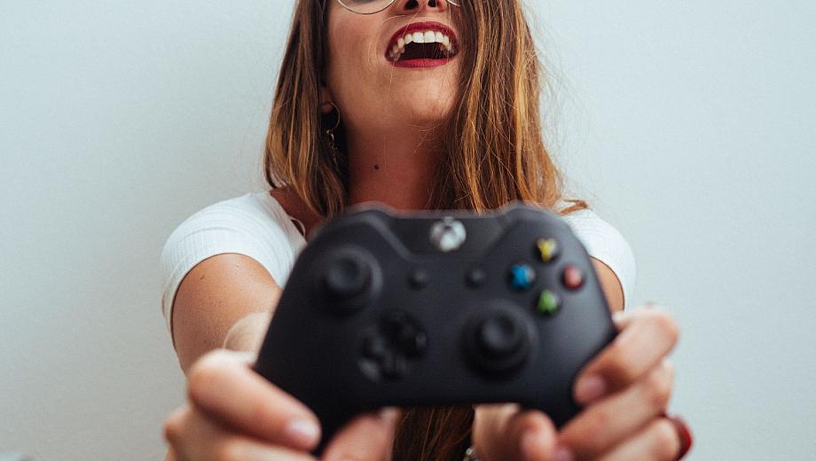 Frauen spielen auch Computerspiele