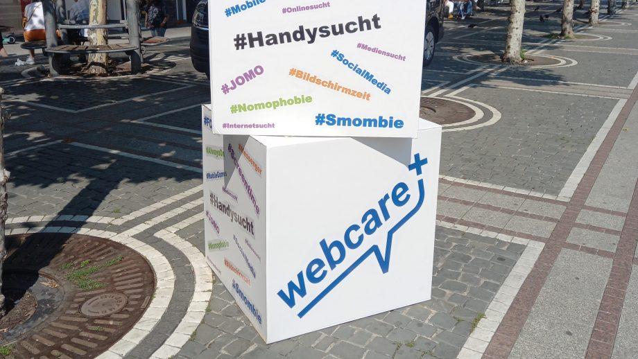 Infowürfel mit Hashtags