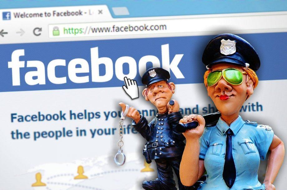 Polizei vor Facebook